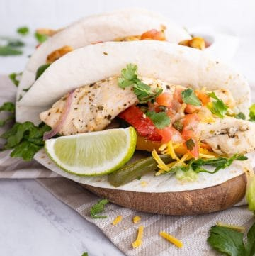 Easy chicken fajitas with toppings