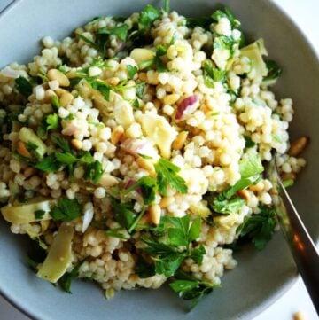 Couscous & Artichoke Salad | anutritionisteats.com