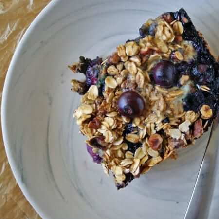 Blueberry & Banana Baked Oatmeal | anutritionisteats.com