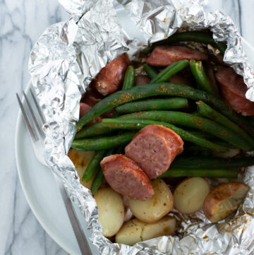 How to grill kielbasa in foil packets