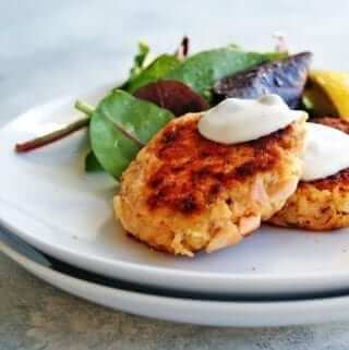 the best salmon cakes