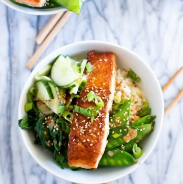 salmon rice bowl with sesame seeds